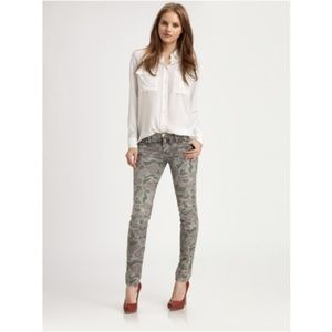 Current/Elliott The Ankle Skinny Grey Camo Jean